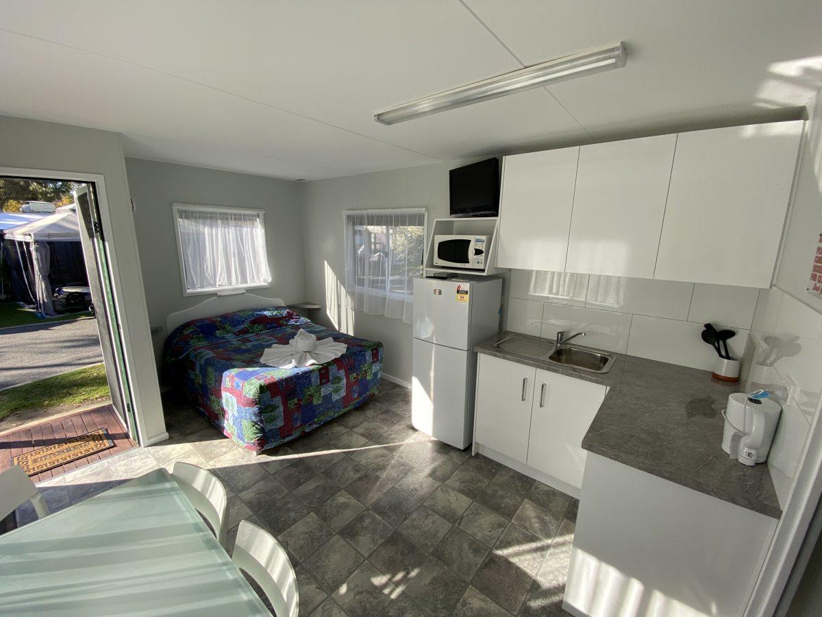 standard-cabin1